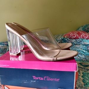 Hard to find size 12's Clear heels